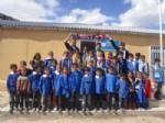 Trabzonspor Taraftar Grubu Öğrencilere Yardım Elini Uzattı