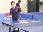 Gazeteciler Masa Tenisi Turnuvasında Gruptan Çıktı