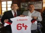 ÇORUMSPOR - Bergama Belediyespor'dan İlçe Emniyet Müdürüne Ziyaret