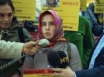 CÜNEYT ÜNAL - Gazetecilerden Bashar Kadumi İçin Düdüklü Eylem