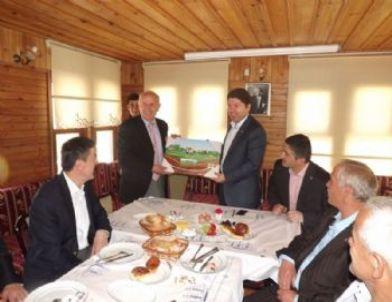 Milletvekili Tunç, Başkan Karaman ve Muhtarlarla Buluştu