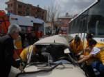 ALI KUL - Elbistan'da Trafik Kazası: 2 Yaralı