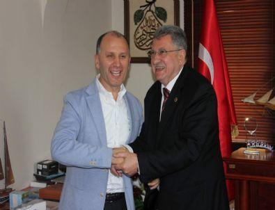 """Muharrem Usta, 'Büyük Trabzonspor'u İnşa Etmek İçin Yola Çıktık"""""""