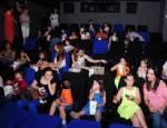 BUZ DEVRI - Ünlü anneler ve çocuklarının sinema keyfi