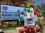 HÜSEYİN ORUÇ - Kano Yarışlarında Kupa Sevinci