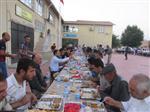 Kaymakam'dan Esnaf ve Vatandaşlara İftar Yemeği