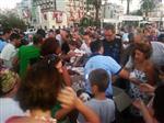 DAVUTLAR - Kuşadası Belediyesi'nden Vatandaşlara Kandil Simidi