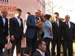 DEVLET YURDU - Başbakandan Ablası İçin Yurt İstedi
