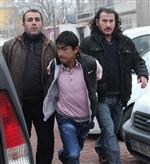 GÜVERCİN KÜMESİ - 150 Lira Beklerken 110 Bin Liralık Altını Gören Hırsız Şaşırıp Gömmüş