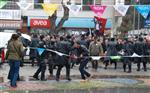 Dikili'de İki Grup Arasında Gerginlik