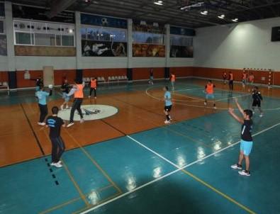 Termal Spor Hentbol Takımı ilk ciddi sınavında