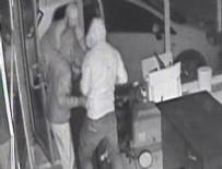 Şaşkın hırsızlar baltayı taşa vurdu!