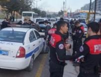 Polise uzun namlulu silahlarla ateş açıldı