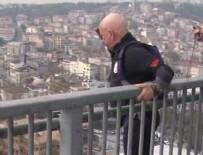 AĞIRLIK KALDIRMA - Parasütle Bogaziçi Köprüsü'nden atladi