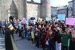 20 KASıM - Dünya Çocuk Hakları Gününde Kimsesiz Çocuklar Bando Takımının Gösterisiyle Eğlendi