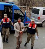 SİVİL KIYAFET - Sivil Jandarmaya İsmini Söyleyince Yakayı Ele Verdi