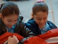 KURTLAR VADISI - Polat'ın kızı Türk bayrağını yere düşürmedi