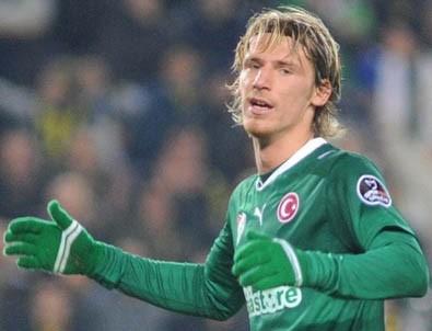 Fenerbahçe Serdar Aziz'i istiyor