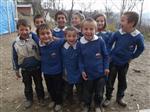 Öğrenciler Köy Okulları İçin Seferber Oldu