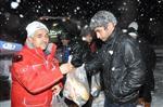 (özel Haber) Balıkesir'de Kar Mağdurlarının İmdadına Kızılay Yetişti
