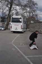 GÖKHAN GÜLEÇ - Taraftarlar Stadın Koltuklarını Kırıp, Otobüs Taşladılar