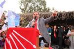 Dikili'de Chpli Mustafa Tosun Zaferini İlan Etti