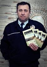 Kastamonu'da, Polis Memuru'ndan Şiir Kitabı