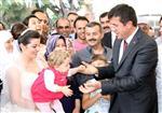 HÜSEYIN ÖZER - Bakan Zeybekci İle Vatandaşlar Arasında Güldüren Diyaloglar