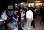 ÇAYKARA CADDESİ - Tabanca ve Döner Bıçaklarıyla Bakkalı Basan Saldırganlar Terör Estirdi