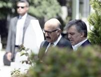 Abdullah Gül, Erbakan'ın kabrini ziyaret etti
