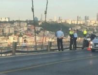 Boğaziçi Köprüsü'nde intihar trafiği kilitledi