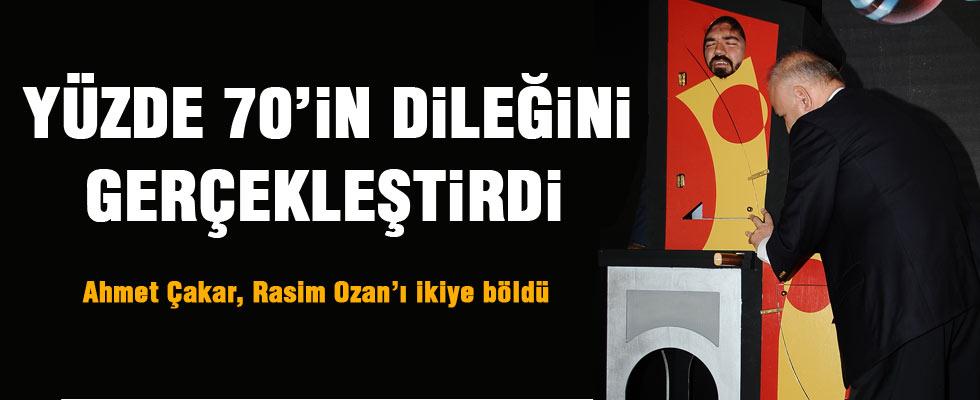 Ahmet Çakar Rasim Ozan Kütahyalı'yı ikiye böldü