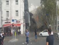 Taksim'de iskele çöktü