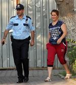 Darp Eden Kocasını Sokakta Görünce Mobese Birimine Sığındı