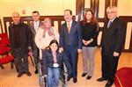ENGELLİ YÜZÜCÜ - Bedensel Engelli Yüzücü Özge Üstün, Edirne Belediye Başkanı Gürkan'ı Ziyaret Etti