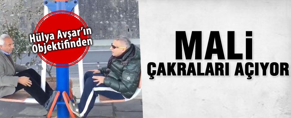 Hülya Avşar'dan Mehmet Ali Erbil videoları