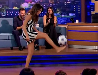 Serenay'dan futbol şov