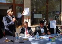 Köy Muhtarı Milletvekili Adaylarını Elinde Talep Listesiyle Karşıladı