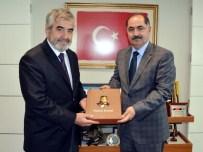 HASAN KESKIN - Diyanet İşleri Başkan Yardımcısı Prof. Dr. Yılmaz'dan, NKÜ Rektörü Şimşak'e Ziyaret