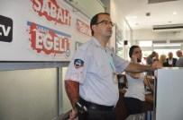 YENİ ASIR GAZETESİ - 15 Kişiyle Gazeteye Saldırdılar !