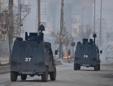 Hakkari'de çıkan olaylarda 2 kişi yaşamını yitirdi