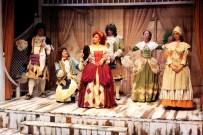 MURAT KARASU - Kültür Ve Sanat Etkinlikleri, 'Sersem Kocanın Kurnaz Karısı' İsimli Oyunla Başladı