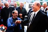 DÖNER EKMEK - Yürüme Engelli Vatandaş, AK Partili Burhan Kuzu'yu Mest Etti