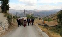 HAMZALAR - Kaymakam Zaderoğlu, Köy Gezilerine Devam Ediyor