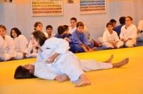 ERDAL TOSUN - Amatör Spor Haftası Judo Kuşak Sınavları