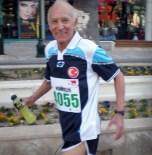 81 Yaşındaki Sporcu Cumhuriyet Koşusu'na Hazır
