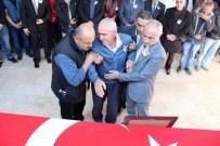 MUHAMMET ESAT EYVAZ - Şehit Polis Son Yolculuğuna Uğurlandı