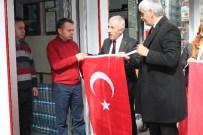 ALI GÜNGÖR - MHP, Esnaflara 10 Bin Bayrak Dağıttı