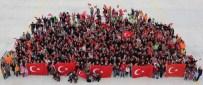 AKROBASİ PİLOTU - Cumhuriyet Fotoğrafı İçin Türkiye'nin Dört Bir Yanından Geldiler