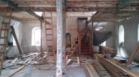 Tarihi Samur Camisi Restore Ediliyor